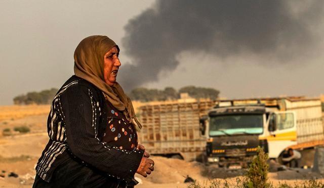 تشريد 100 ألف مع استمرار العملية التركية في سوريا